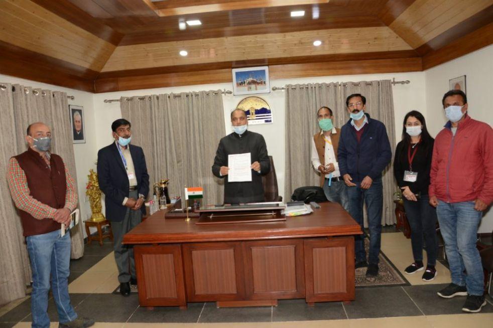 प्रेस क्लब शिमला ने सीएम से की मांग- मीडिया के कोरोना वॉरियर्स को भी दो सुरक्षा चक्र