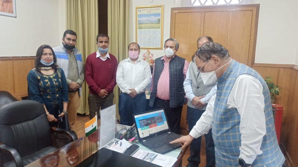 शिक्षा मंत्री ने किया वोकेशनल ट्रेनर्ज की www.hpvtwa.in वेबसाइट का शुभारंभ, VTs ने CM रिलीफ फंड में दान किए 211111 रुपए
