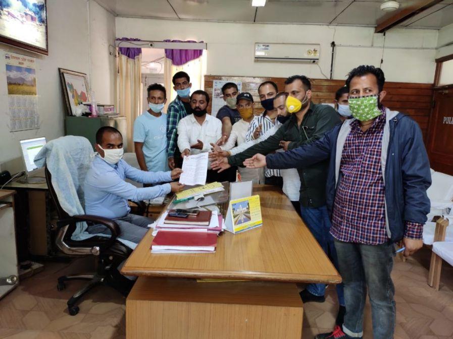 युवा कांग्रेस रामपुर बुशहर ने मांगा सीएम का इस्तीफा, कोरोना काल में भी स्वास्थ्य विभाग में हो रहे घोटाले की हो न्यायिक जांच