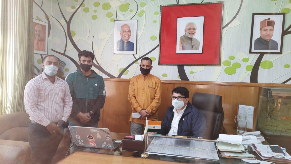 """शिक्षा मंत्री द्वारा हिमाचल में """"हिम शिक्षा"""" ऐप का शुभारंभ"""