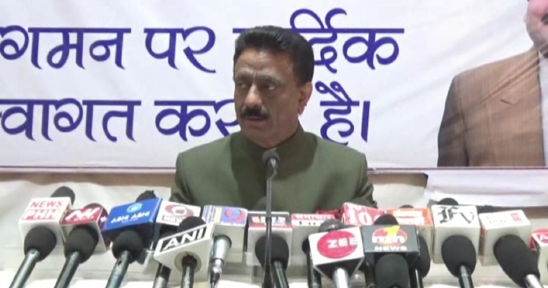 हिमाचल भाजपा के अंदर सत्ता संघर्ष को लेकर चली है अंतर्कलह, दूसरों पर न करें टिप्पणी- राठौर