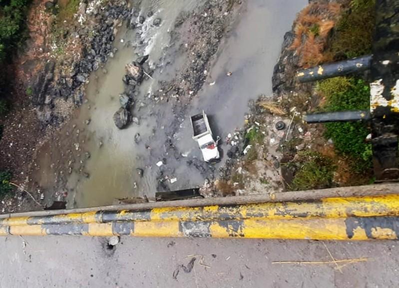 हिमाचल-मंडी में हादसा-पिकअप सुकेती खड्ड में गिरी, 7 मजदूरों की मौत