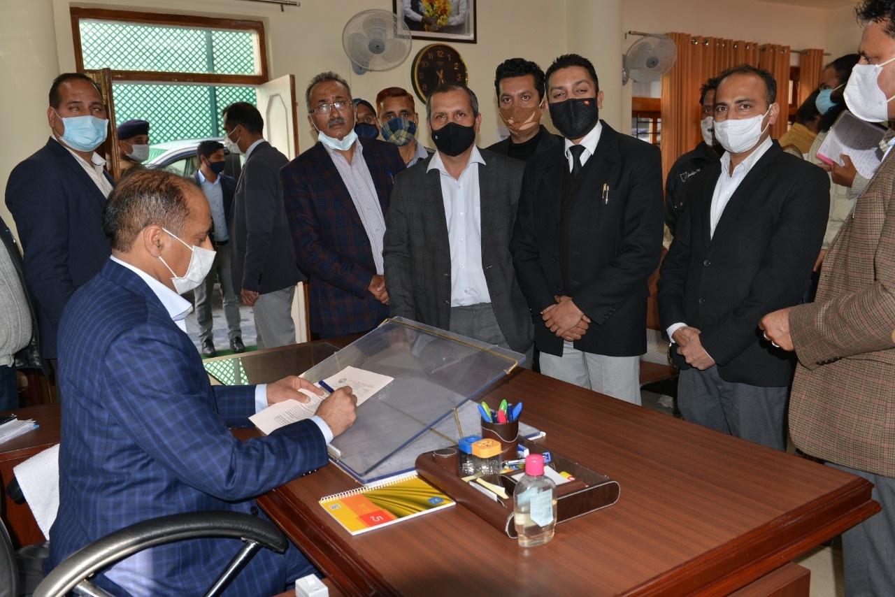 टैक्स बार एसोसिएशन ने मुख्यमंत्री से विरासती मामले समाधान योजना की अवधि बढ़ाने का आग्रह किया