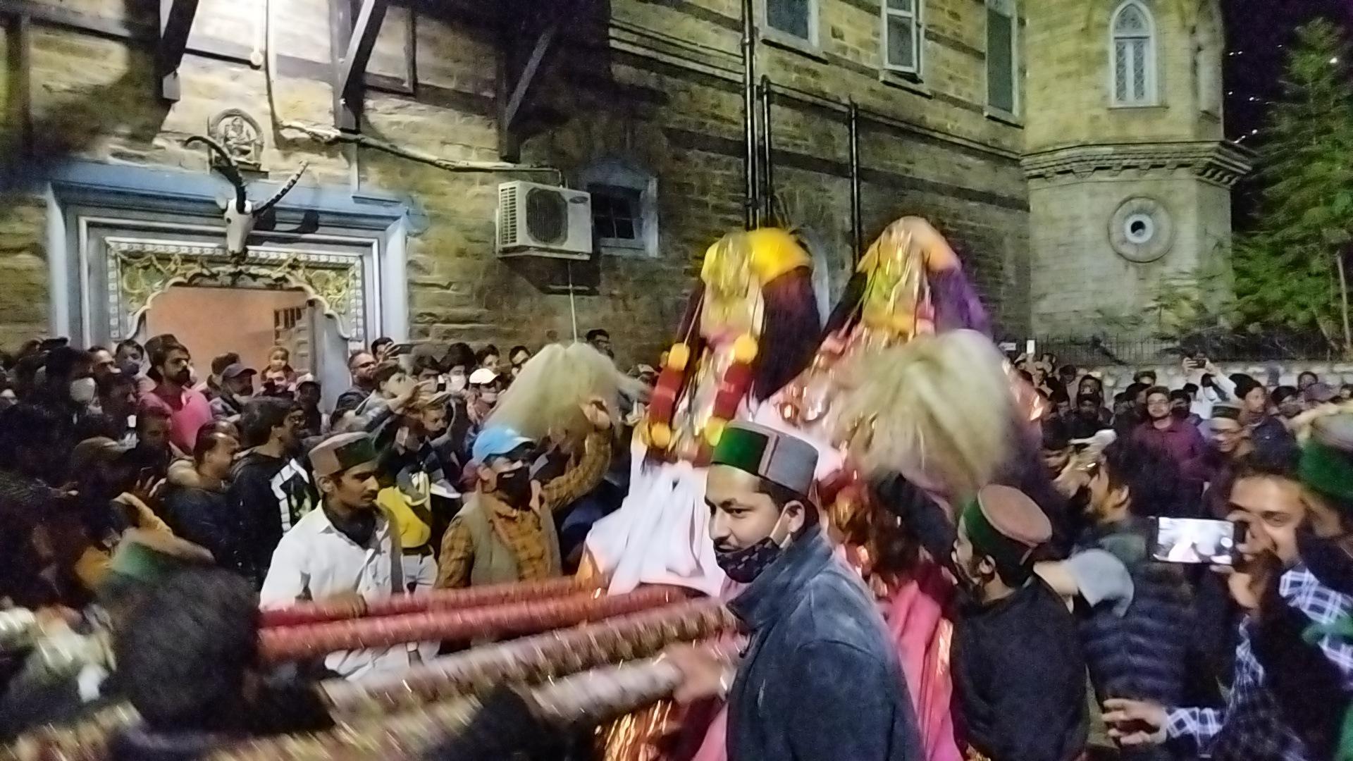फिर कोरोना की भेंट चढ़ा 'फ़ाग मेला', 3 देवताओं ने निभाई रस्म, राजपरिवार की अनुपस्थिति से देवता नाराज़