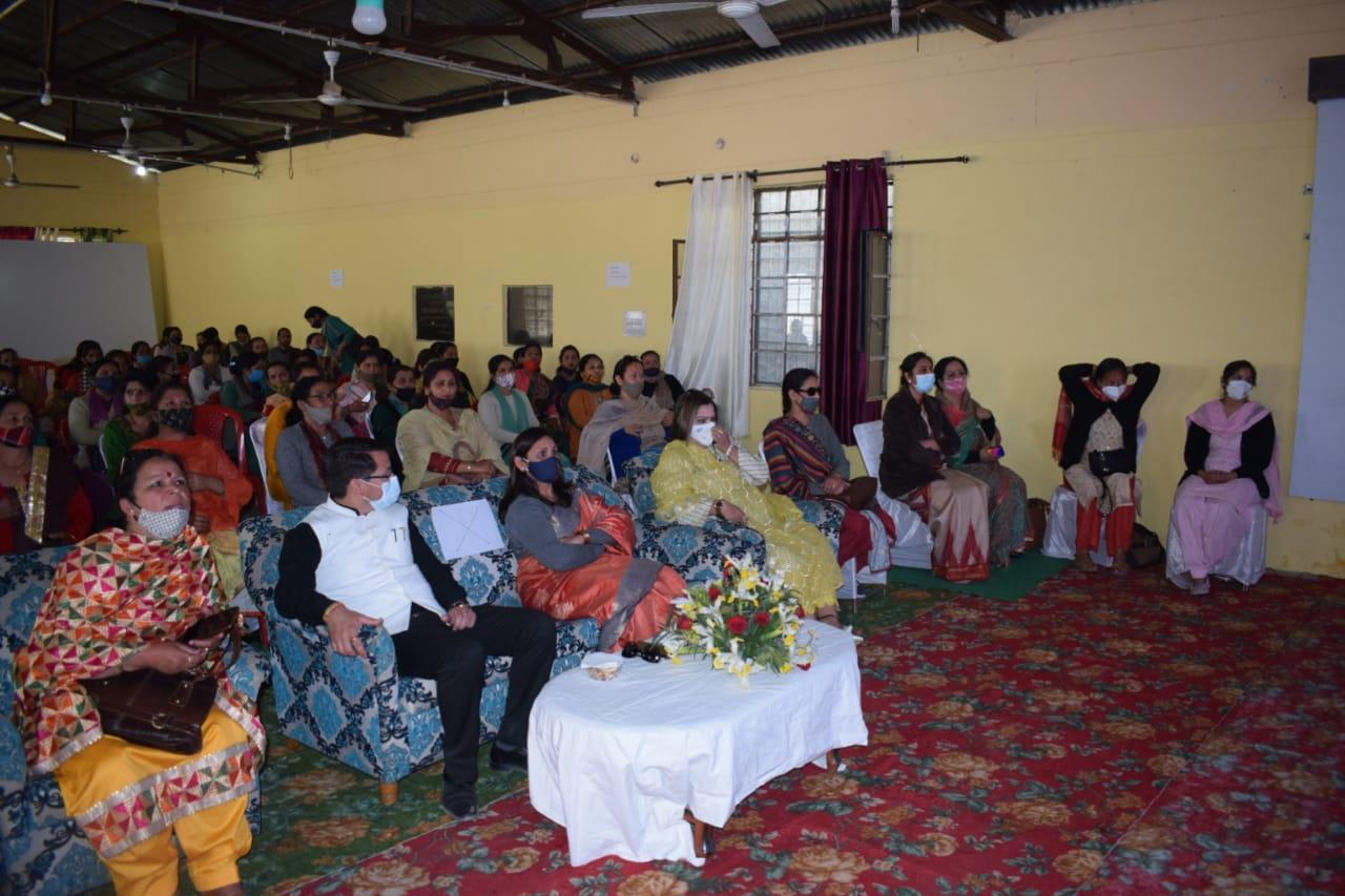 माहवारी एक जैविक घटना-स्वच्छता है जरूरी, संवेदना अभियान का हिस्सा बनें प्रत्येक महिला- डाॅ. साधना
