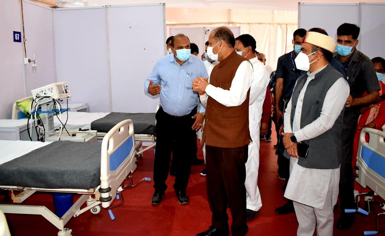 """हिमाचल सरकार ने निजी अस्पतालों में कोरोना उपचार के लिए किए """"रेट फिक्स"""", 800 से 9000 रुपये प्रतिदिन खर्चने होंगे"""