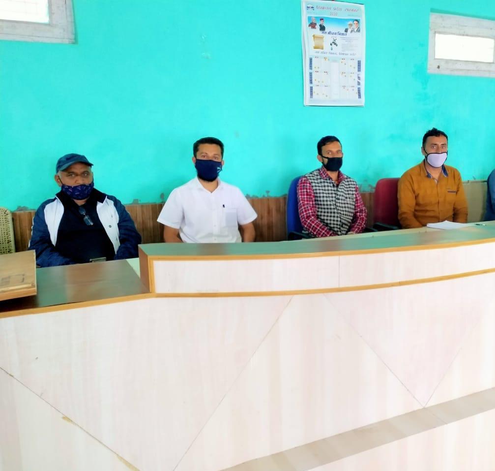 हिमाचल की 'सोलंग' पंचायत जहाँ कोरोना महामारी छिपाने पर पंचायत स्वयं करेगी FIR, जुर्माना भी वसूलेगी