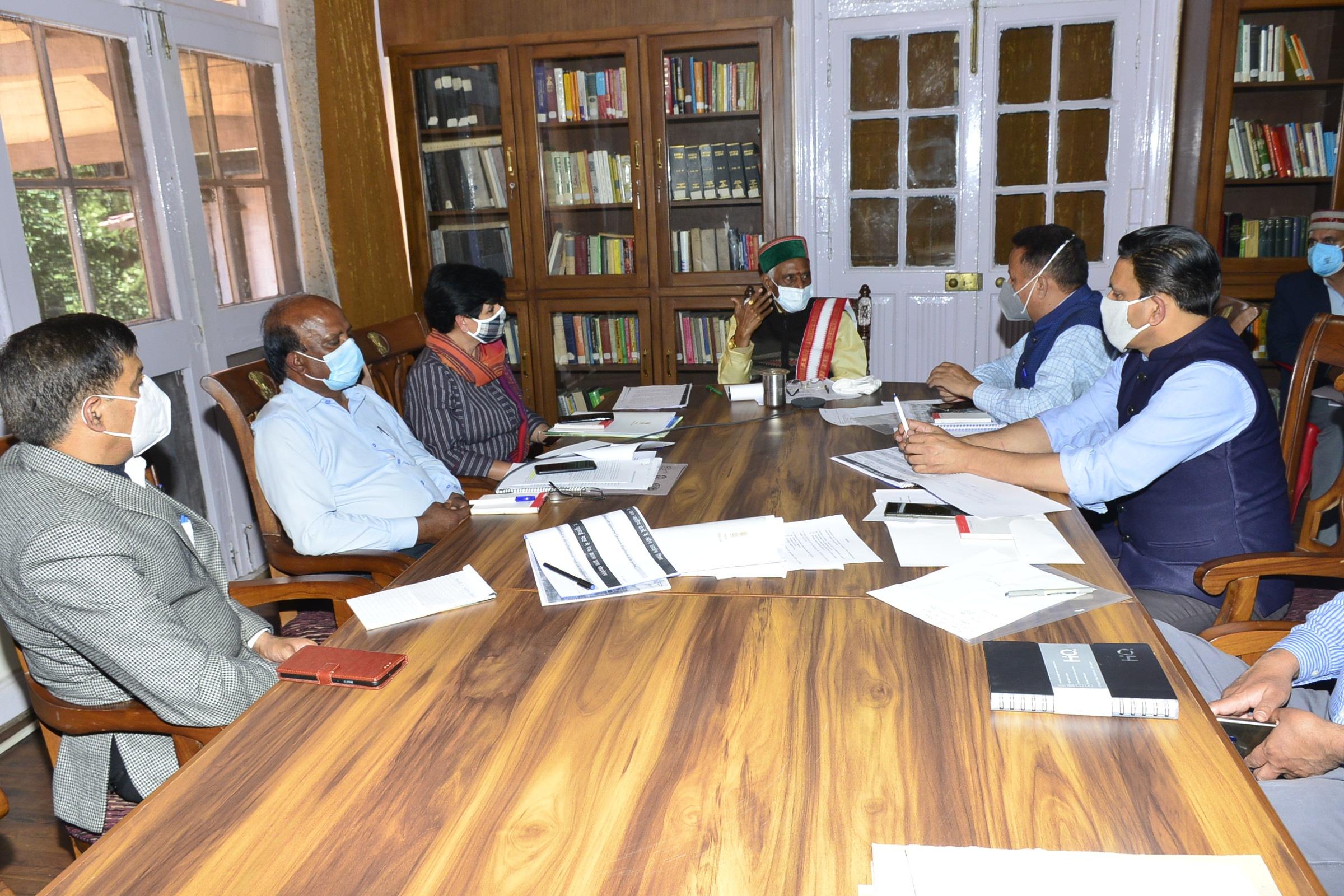 राज्यपाल बंडारू दत्तात्रेय ने जनजातीय क्षेत्रों में बेहतर शिक्षा एवं स्वास्थ्य सुविधाओं पर बल दिया