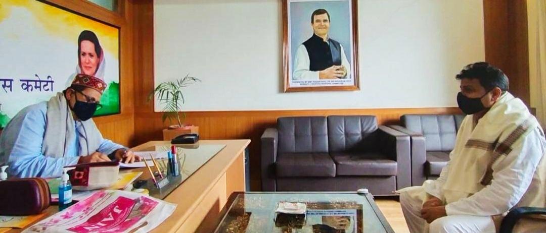 संजय दत्त बोले- कांग्रेस पार्टी पदाधिकारी पूरी निष्ठा से करें कार्य