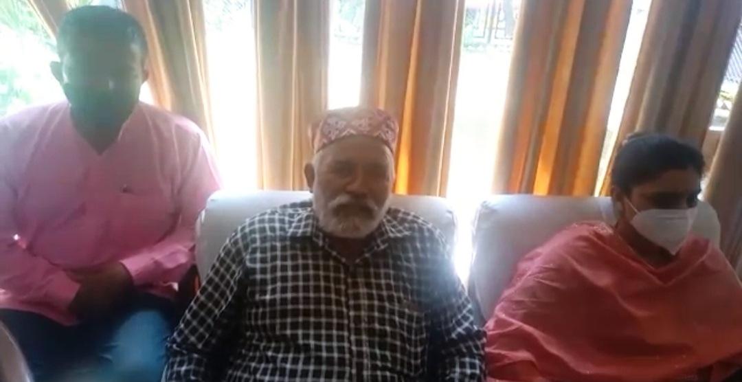 सुरेश कश्यप ने SC मोर्चा के मंडल अध्यक्ष बालमुकंद चौहान के साथ बैठक कर विवाद को सुलझाया, इस्तीफ़ा वापस लिया