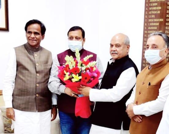 वीरेंद्र कंवर ने केंद्रीय कृषि मंत्री से हिमाचल के लिए 27.17 करोड़ की परियोजनाओं की मांगी मंजूरी