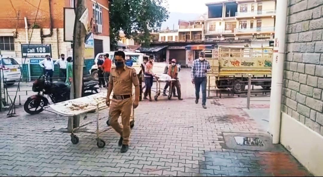 घुमारवीं कॉलेज में काम करते समय करंट लगने से एक बिहारी मजदूर की मौत, जांच में जुटे