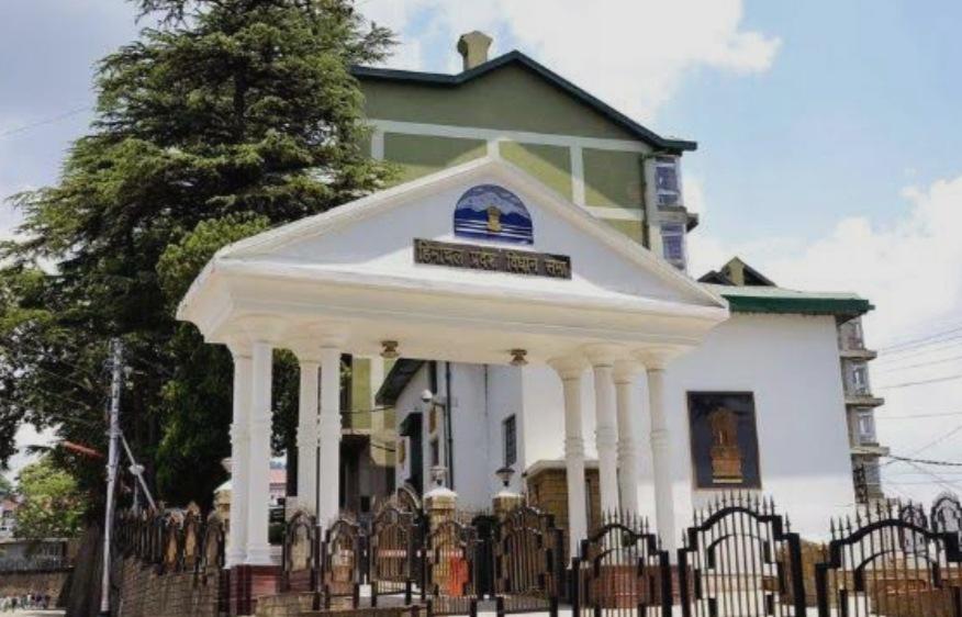 हिमाचल विधानसभा का मॉनसून सत्र 2 से 13 अगस्त तक, न वीरभद्र सिंह होंगे न नरेंद्र बरागटा