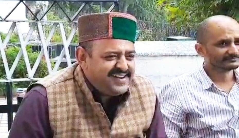लाहुल स्पीति में मंत्री और कार्यकर्ता में हुई झड़फ में कांग्रेस ने मंत्री पर FIR दर्ज करवाने की उठाई मांग