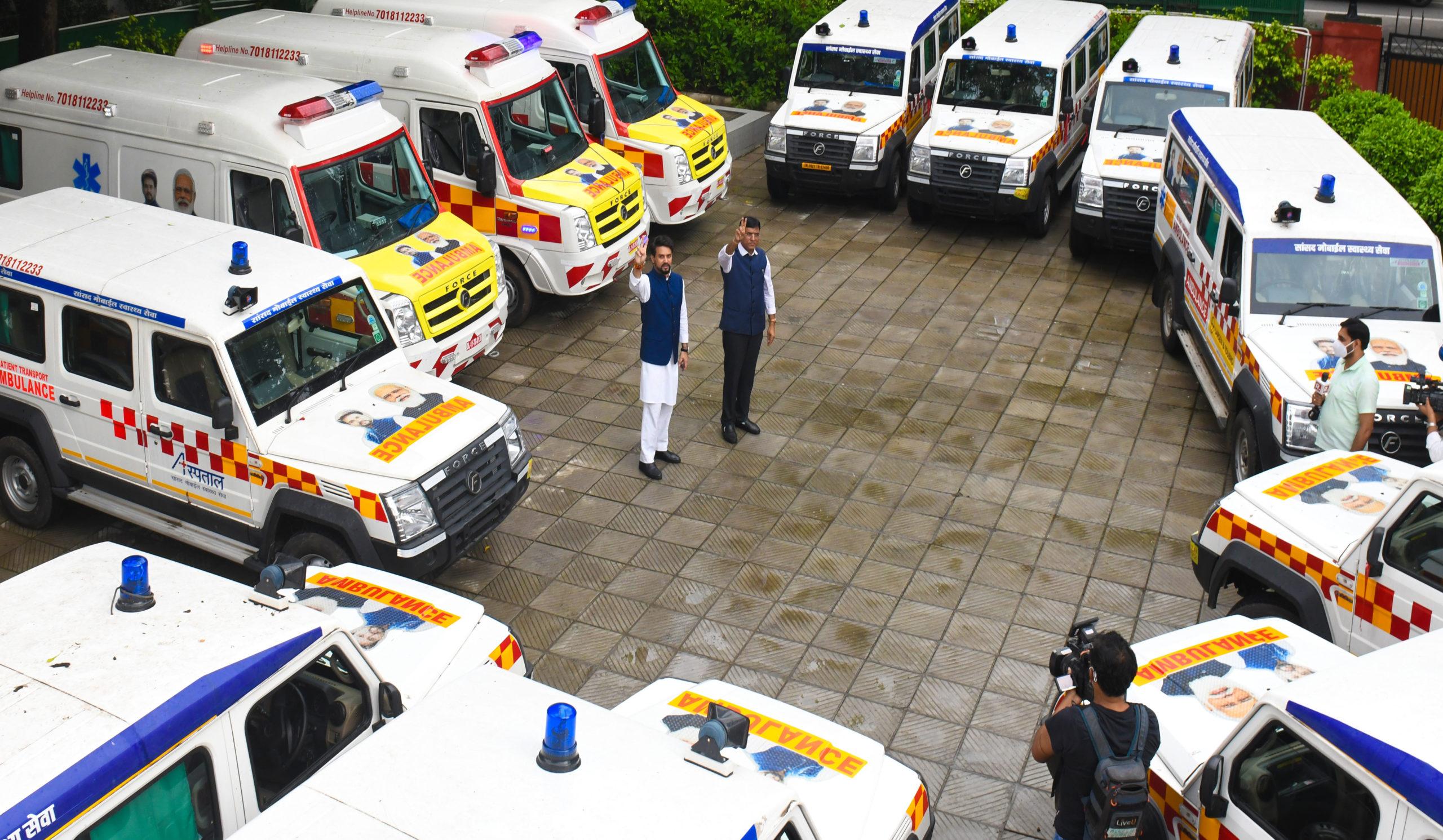 सेवा और समर्पण के भाव से 15 मोबाइल मेडिकल यूनिट्स हिमाचल रवाना, 5 वर्षों में 21 लाख लोगों लाभान्वित करने का लक्ष्य-अनुराग
