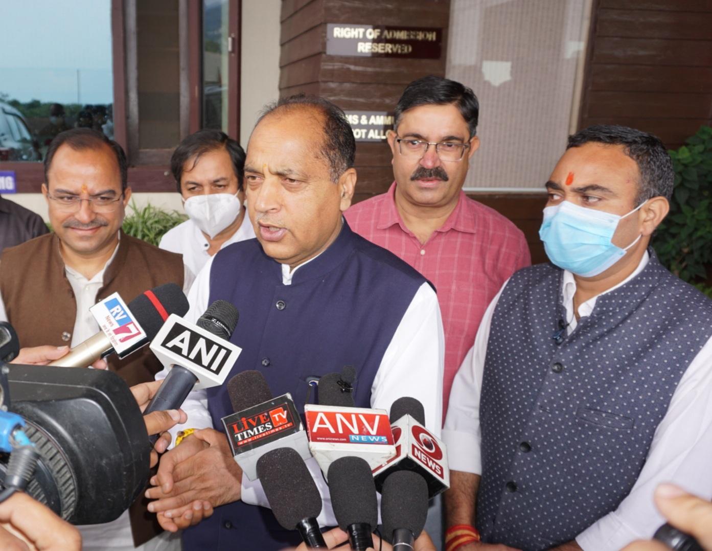 CM जयराम का ऐलान- कांग्रेस जिस मर्ज़ी मुद्दे पर लड़ सकती है, हम केंद्र व प्रदेश की उपलब्धियों पर लड़ेंगे चुनाव