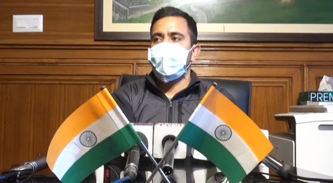 विक्रमादित्य सिंह ने कर्मचारी अधिकारियों को लेकर दिए बयान को बताया उन्हें बदनाम करने की BJP की साजिश, आज सरकार व प्रशासन के बीच की खाई जगजाहिर