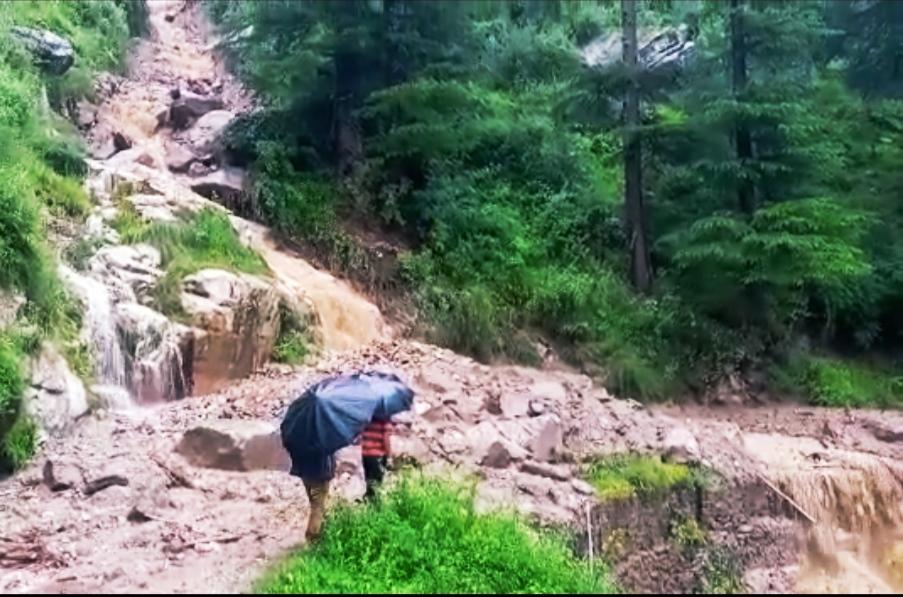 किन्नौर सहित कई जिलों में 17 से 19 अक्तूबर तक भारी बारिश की चेतावनी जारी, ऊंचे स्थानों व नदी-नालों के किनारे न जाएं