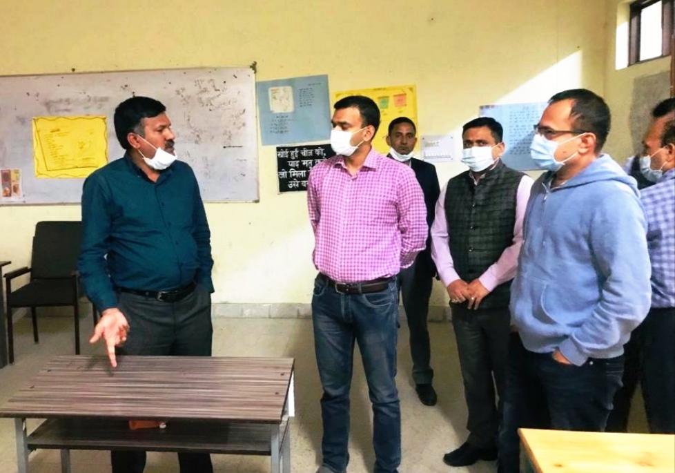 मुख्य निर्वाचन अधिकारी ने लाहौल-स्पीति जिला में लोकसभा उप-निर्वाचन के प्रबंधों की समीक्षा की