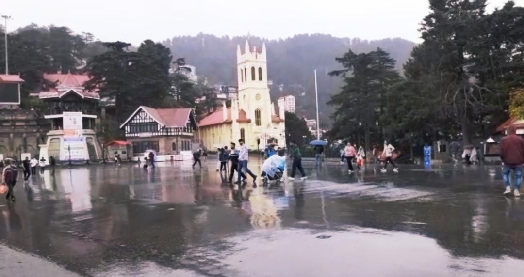 हिमाचल में मौसम ने ली करवट, शिमला में सुबह से बरस रहे मेघ, अलर्ट जारी